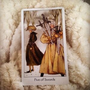 Padmes Daily Tarot 5 of swords